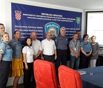 Predstavnici Policijske škole granične policije MUP-a Rumunjske posjetili PU ličko-senjsku